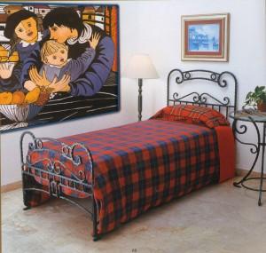 Кованные кровати