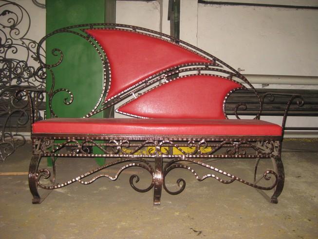 Домашняя мебель кованая